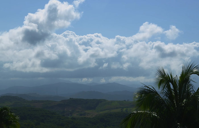 Timelapse – Tropical Mountains/Clouds