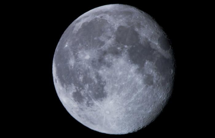 Moon 21