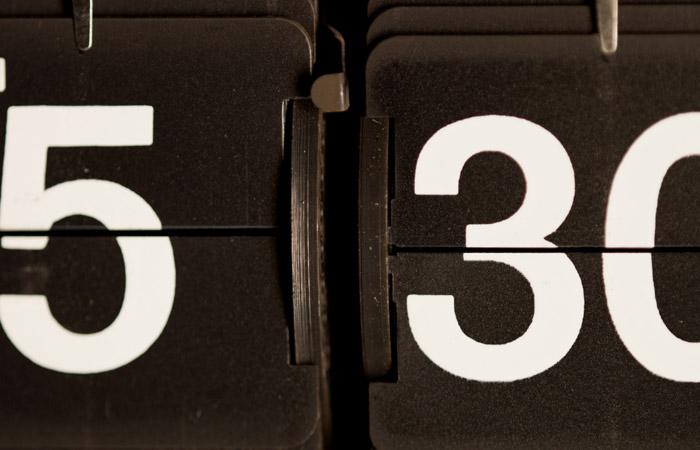 Flip Clock 12 – 5:30am