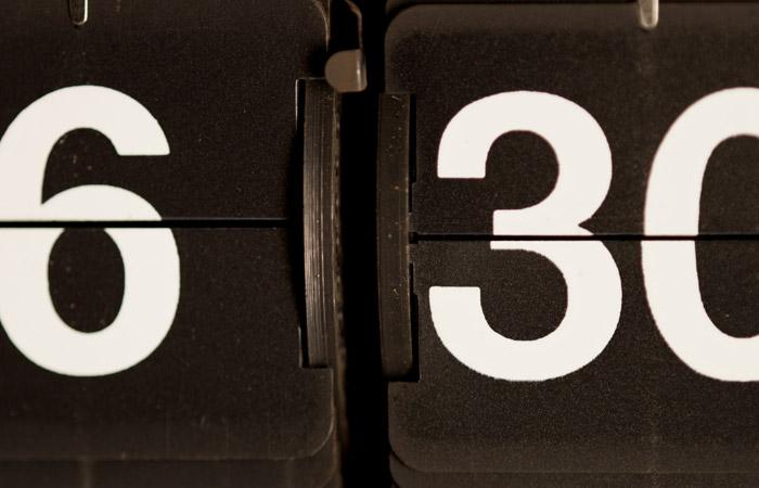 Flip Clock 14 – 6:30am
