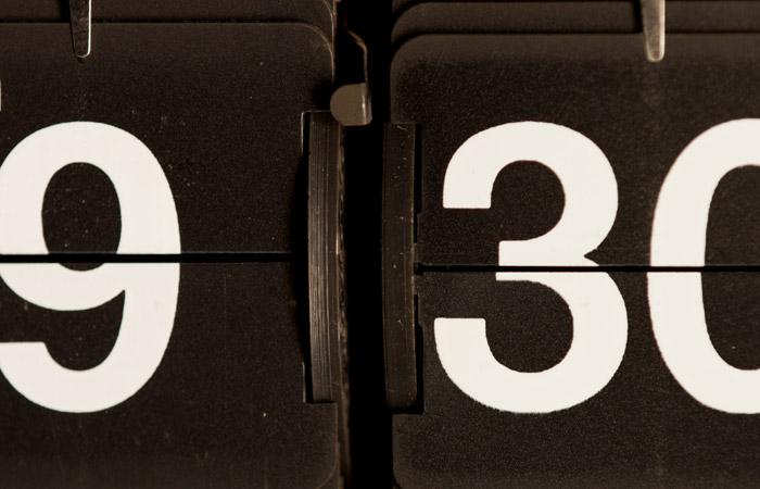 Flip Clock 20 – 9:30am