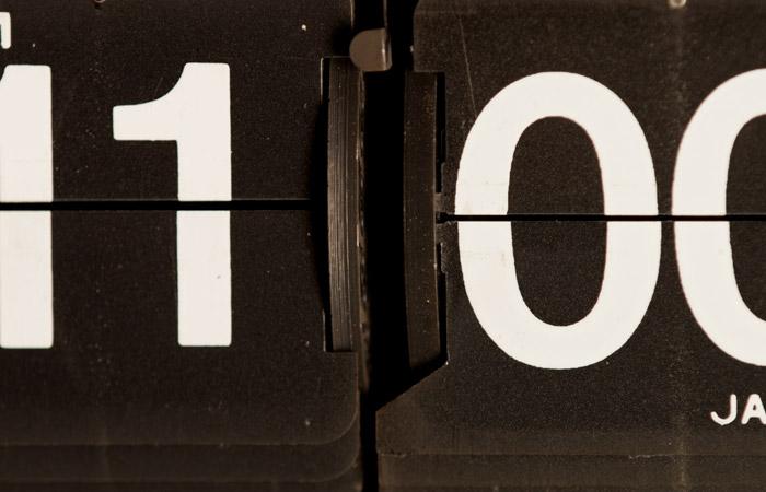 Flip Clock 23 – 11am