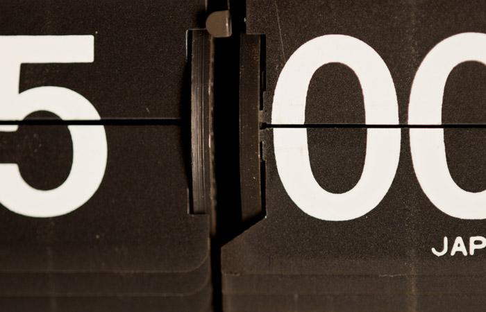 Flip Clock 35 – 5pm