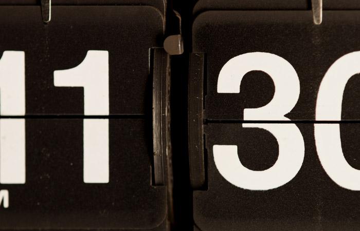 Flip Clock 48 – 11:30pm