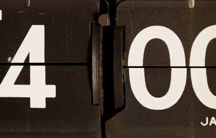 Flip Clock 9 – 4am