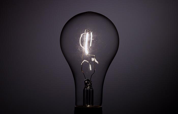 Light Bulb 10