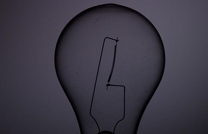 Light Bulb 18