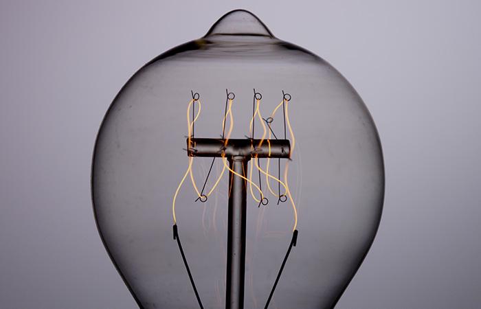 Light Bulb 24