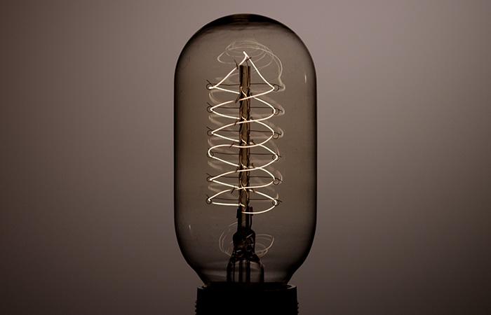 ProRes – Light Bulb 3