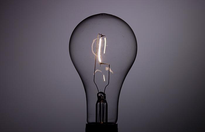 Light Bulb 9