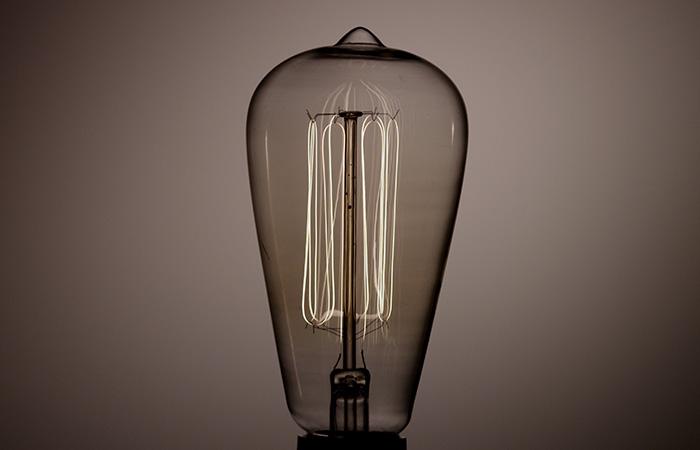 Light Bulb 42