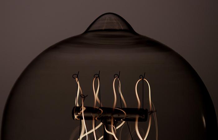 Light Bulb 49